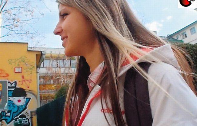 《金髪外人》ロシアのパイパン美妖精『世界が認める金髪ロリ女優 』アナルの味はあらゆる快楽を越えてイク!SEX GinaGerson