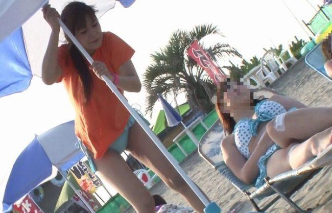 《強姦》真夏のビーチで痴漢レイプ魔に『狙われたら、一巻の終わり』精魂奪われるほど犯され体はガクガク!