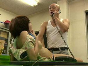 《昭和のビデオ》中年男にヤラれたい娘と『若いオンナとヤリたいオヤジ。。。』貪るような激しいSEXで昇天!