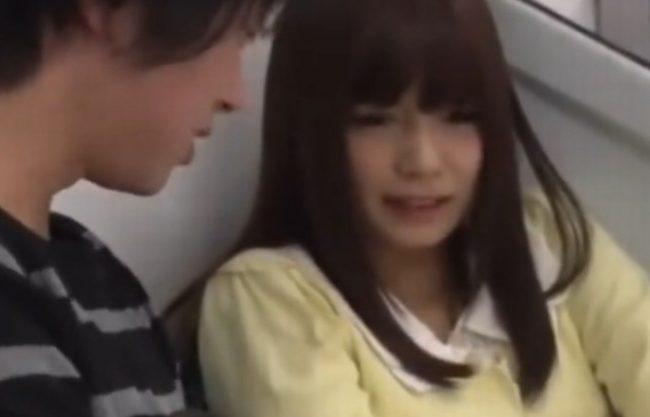 《強姦》電車でくそ可愛い娘を中出しレイプ『気づけば、あっちも、こっちも。。。』ハメまくり!