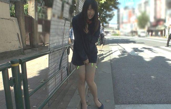 《ヤバイやつ》何モジモジしてるの?淫具散歩『タレント並みの美人受付嬢が便所痴女に転落。。。』人格無視のプレイでボロボロ!